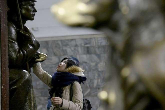 Что творят китайские туристы в России: оборотная сторона наплыва гостей из Азии