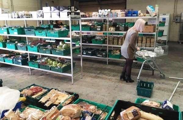 Евросчастье: в Англии начали продавать еду с помоек! Радуйтесь, люди!