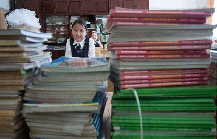 Глава Минобрнауки вернёт в школы внеклассное чтение