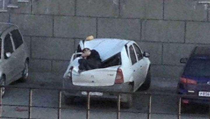 Дуракам везёт: упавшего с 23-го этажа жилого дома подростка спасло такси