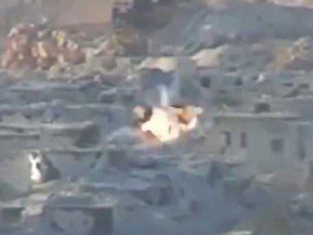 Палестинская бригада штурмует позиции террористов на севере Алеппо