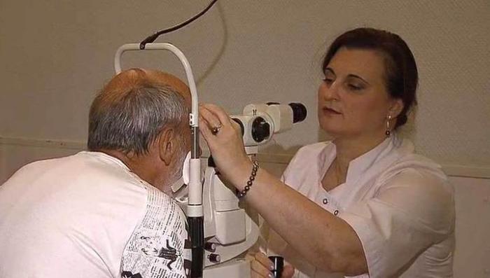 Слепота от уколов: в НИИ Гельмгольца 8 лет использовали неразрешённый препарат