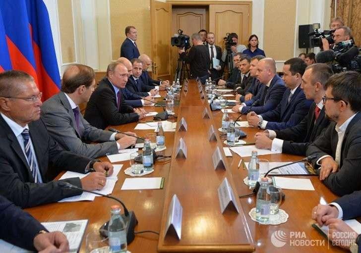 Зачем Президент Путин РФ ездил в Оренбург?