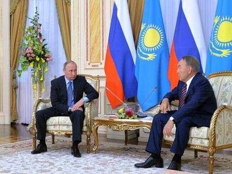 Владимир Путин рассказал о стратегическом сотрудничестве с Казахстаном