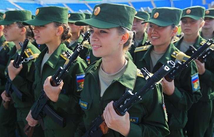 Русские солдаты Джейн: девушки, решившие служить в российской армии