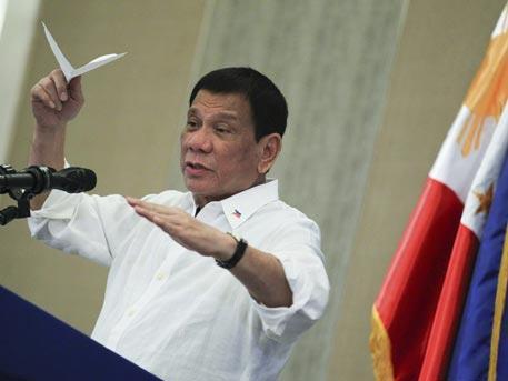 Президента Филиппин в войне с наркотиками поддержали 76% граждан