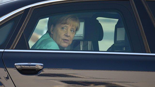Spiegel: Меркель сейчас не до новых санкций против России