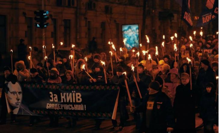 Много киевлян готово встать под свастику - у них это круто и модно