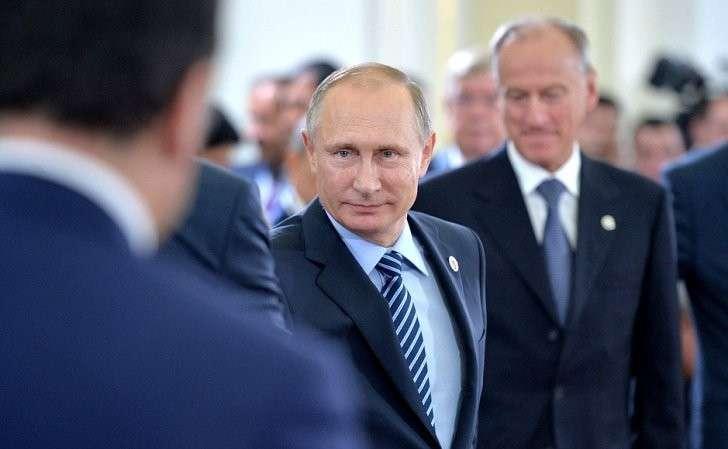 Перед началом сессии Совета коллективной безопасности Организации договора околлективной безопасности врасширенном составе.