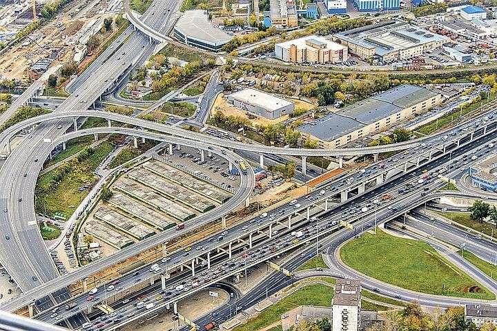 К 2019-му в Москве закончат строительство всех главных дорог