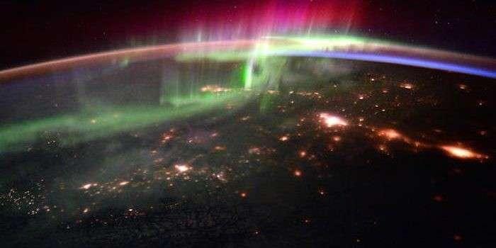 Обама подписал указ, предписывающий населению готовиться к удару из Космоса
