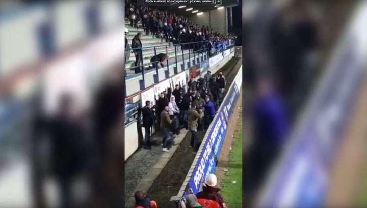 В Голландии трое полицейских разогнали толпу агрессивных болельщиков