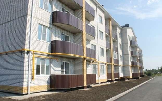 37. В городе Острогожске 93 человека (47 семей) получили ключи от новых квартир в новом 4-этажном доме Сделано у нас, политика, россия, факты