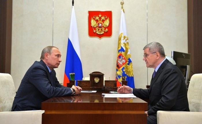 Рабочая встреча Владимира Путина с Генеральным прокурором Юрием Чайкой
