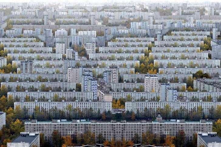 Как правильно застраивать города? Квартальный принцип против микрорайонного