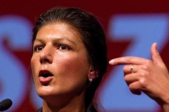 Сара Вагенкнехт: Меркель вооружает исламских боевиков, выход один – переизбрать канцлера