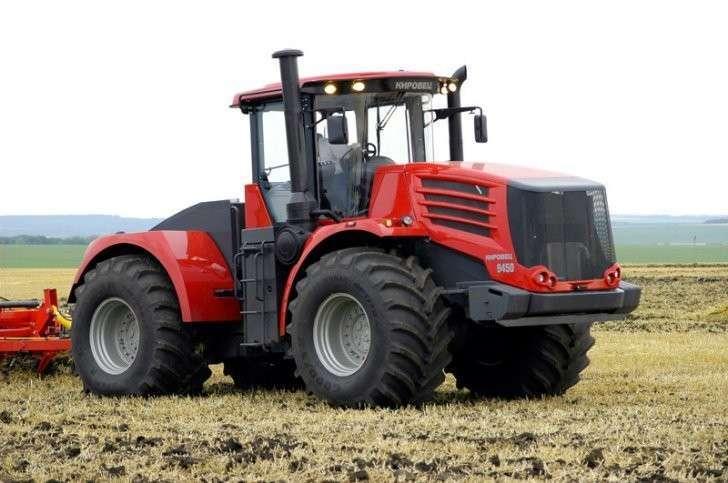 2. Петербургский тракторный завод поставил в Новосибирскую область 50 тракторов К-744Р «Кировец». Это является рекордной цифрой за последние 15 лет. Сделано у нас, политика, факты