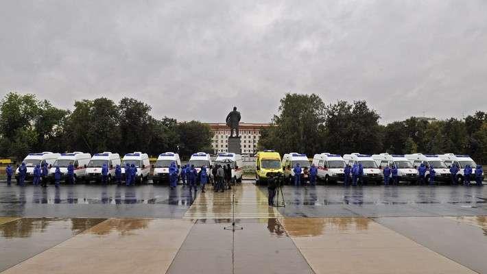 3. В Тюменскую область прибыли новые автомобили скорой помощи — тринадцать марки «ГАЗель» и один реанимобиль «Форд» Сделано у нас, политика, факты