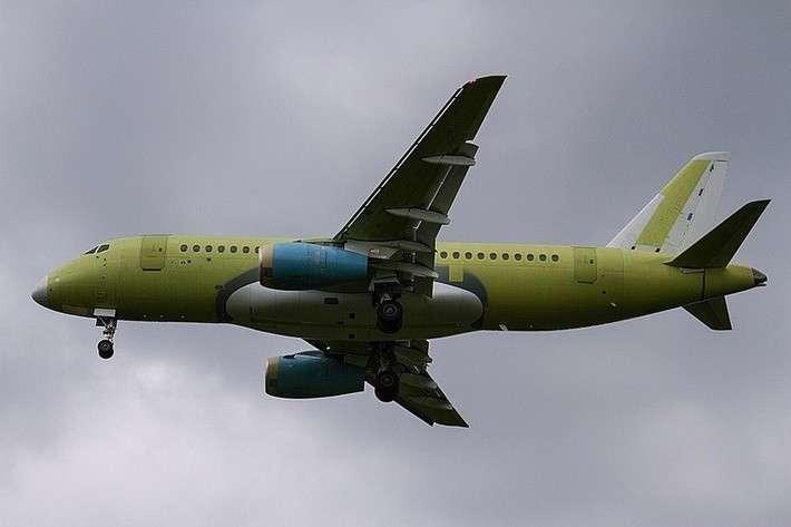 5. Очередной Сухой Суперджет 100 совершил первый полет Сделано у нас, политика, факты
