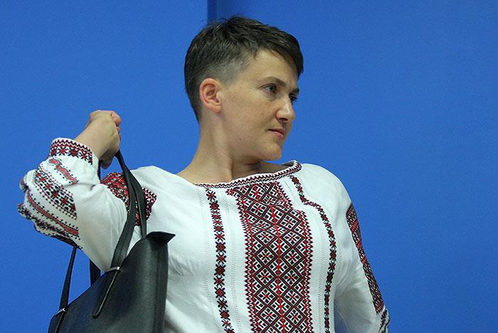 Убийца Савченко свободно приехала в Россию. Почему её пустили сюда?