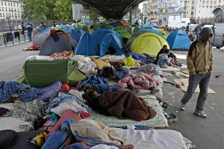 Видео дня: евросчастье - увидеть Париж и... обалдеть от отвращения