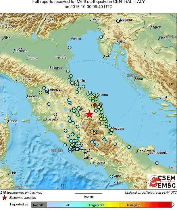 В центре Италии произошло сильное землетрясение