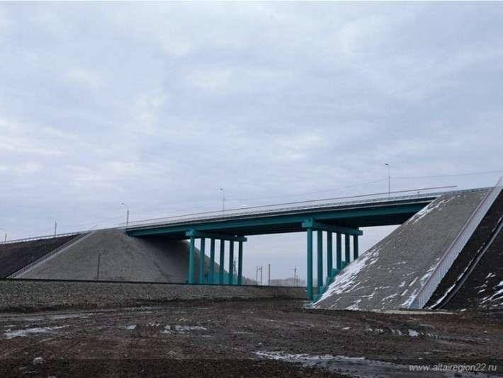 45. На Алтае построен путепровод и реконструирован участок дороги Сделано у нас, политика, факты