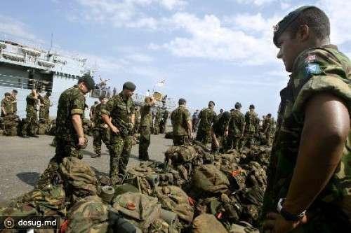 Власти Кипра пытаются выгнать с острова английских военных