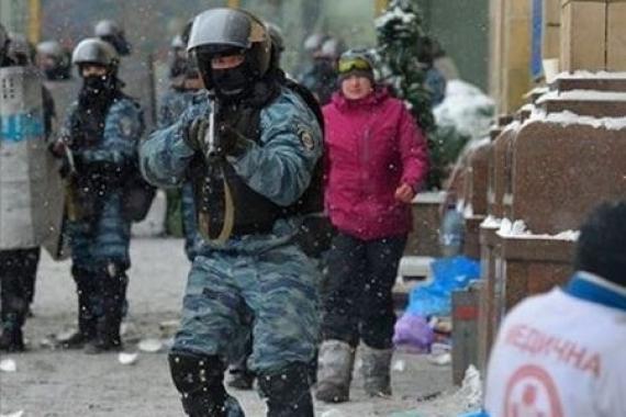 Убийца Надежда Савченко заявила, что власть сама перестреляла «Небесную сотню» и на её крови дорвалась до корыта