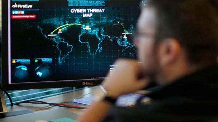 США грозят России кибервойной: пиндо-хакеры заявили о готовности атаковать Кремль