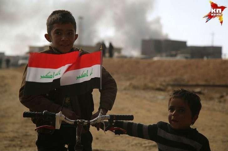 Всю игиловскую «оккупацию» дети провели в городе. Фото: Александр КОЦ, Дмитрий СТЕШИН