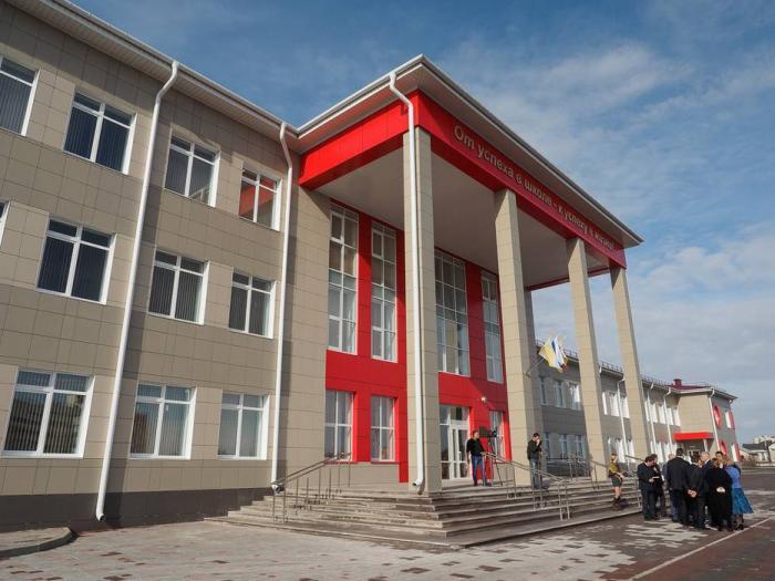 В Ставрополе открыта новая общеобразовательная школа на 800 мест
