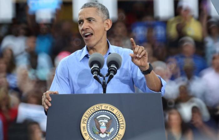 Барак Обама грозится демократически уволить директора ФБР после выборов