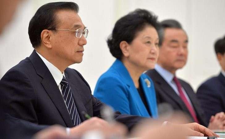 Навстрече сПремьером Государственного совета Китайской Народной РеспубликиЛи Кэцяном.