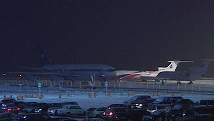 Метель в Москве отменила сегодня около 100 авиарейсов