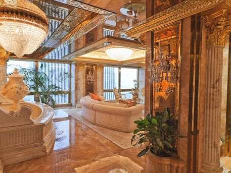 В гостях у Трампа: сиенский мрамор, афинские вазы, картины Ренуара