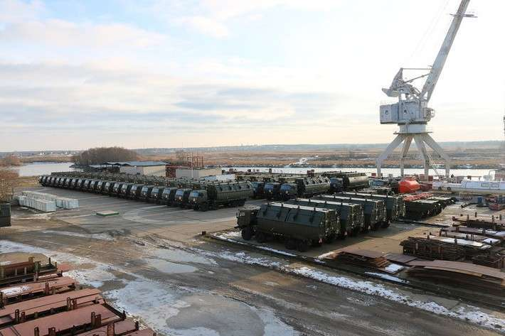 «Окская судоверфь» сдала понтонный парк ПП-2005 для Минобороны РФ