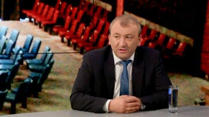 Украина находится в шаге от международной изоляции