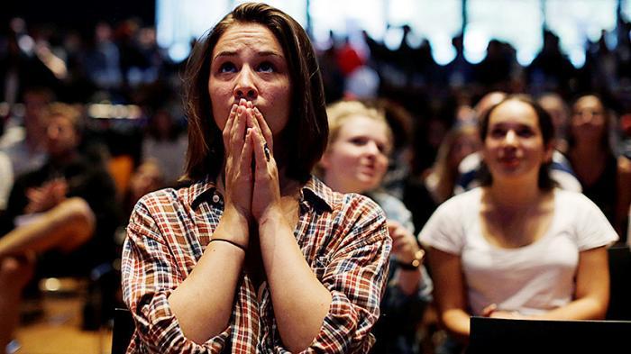 Поствыборная депрессия: в США лечат студентов, потрясённых итогами выборов