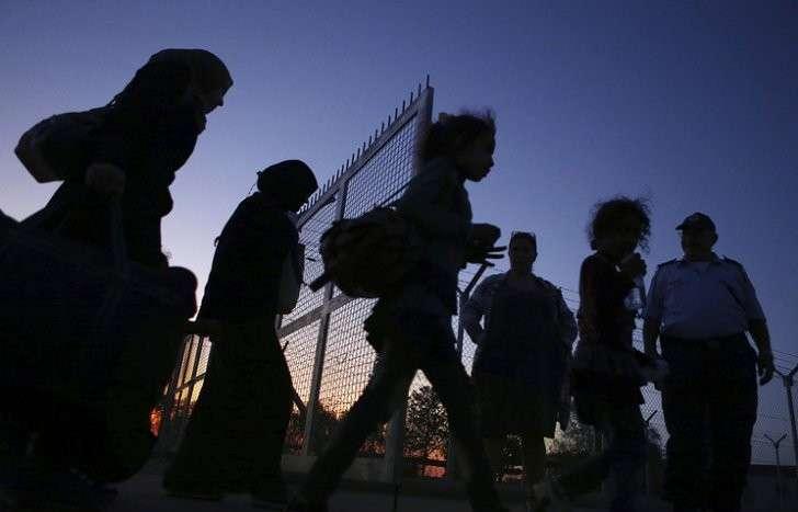 Welt amSonntag: ВИГ обучают боевиков притворяться беженцами