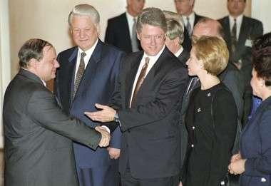 «При Клинтон такое было бы невозможно»: почему пришли за «оруженосцем» Гайдара и Чубайса?