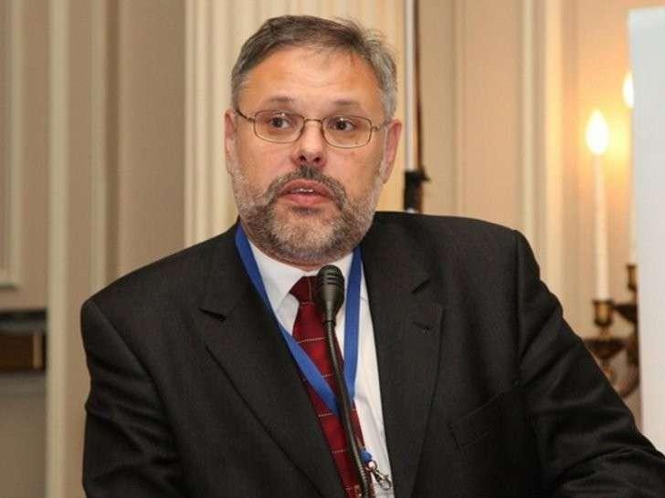 Партия «Родина» предложила вместо проворовавшегося Улюкаева кандидатуру Хазина