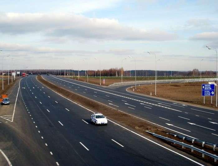 37. Открыто рабочее движение на автомобильной дороге М-7 «Волга на участке от 1270 км до 1290 км. Сделано у нас, политика, факты