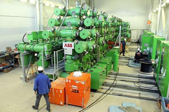12. На Нижне-Бурейской ГЭС установили комплектное распределительное устройство Сделано у нас, политика, факты