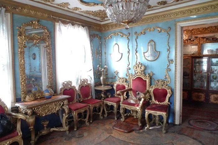 Как брянский деревенский мужик себе царский дворец смастерил