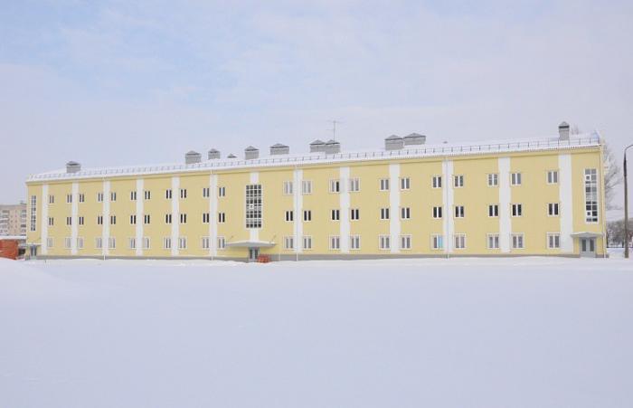 Военнослужащие Саратовского учебного центра ракетных войск и артиллерии справляют новоселье