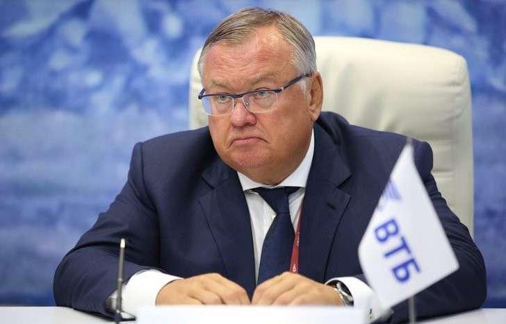 Руководитель ВТБ: Планы приватизации нестанут пересматривать из-за Улюкаева