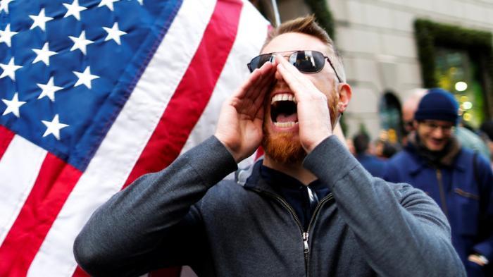 За чьи деньги: кто стоит за массовыми беспорядками в США