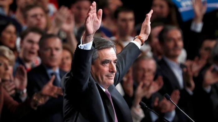 «Примерный семьянин, рассудительный политик»: французы о победе Фийона в праймериз