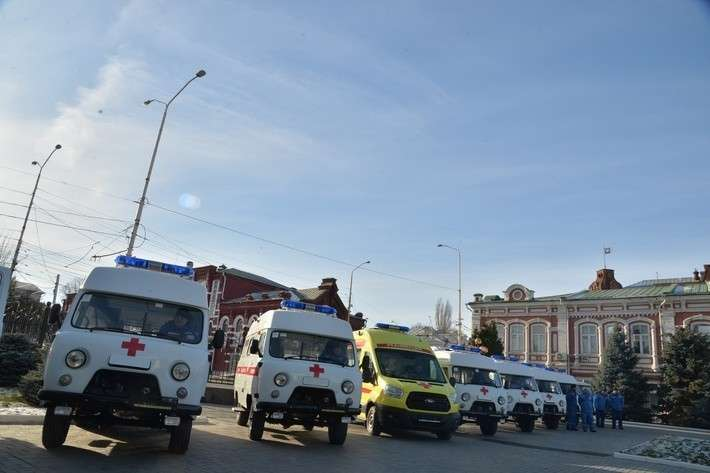 3. Саратовская область получила 11 машин скорой помощи Сделано у нас, политика, факты